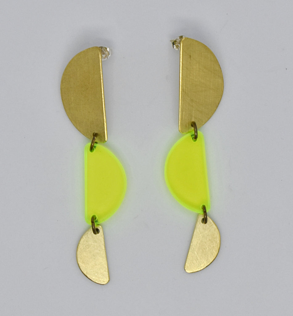 Reyes Earrings - Neon Yellow Transparent