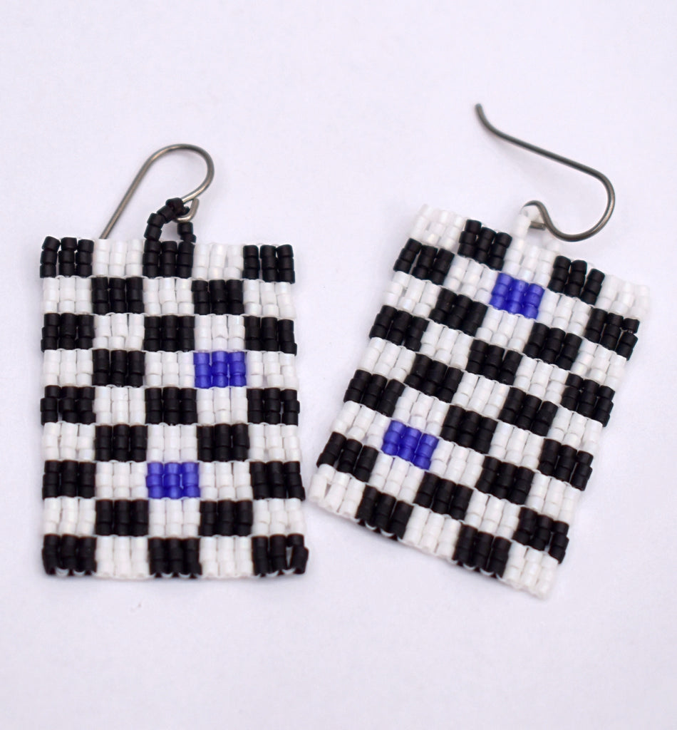 Checkerboard Earrings - Black and white