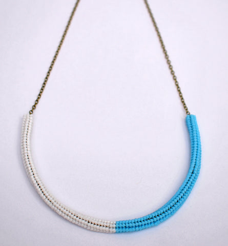 Gummy worm necklace - white and blue