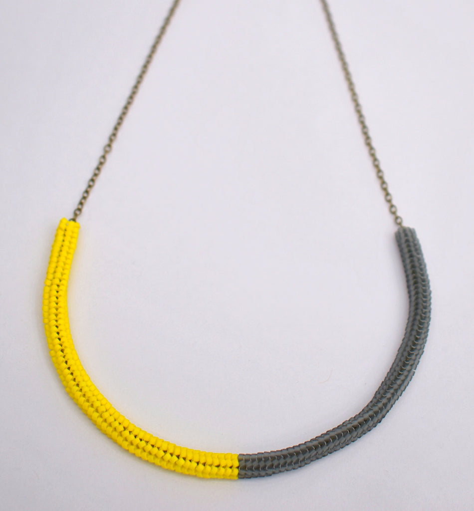 Gummy worm necklace - yellow and grey