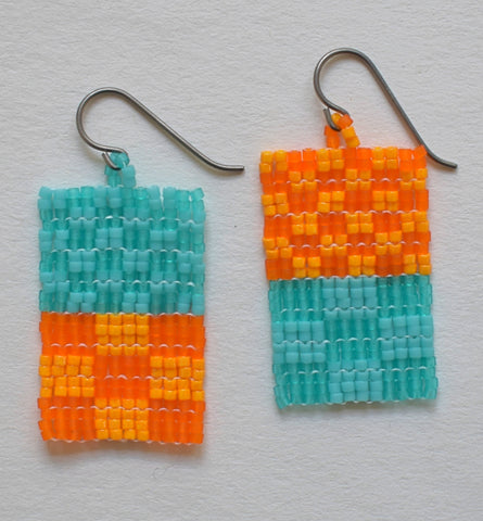 Little check duo earrings - turquoise and orange