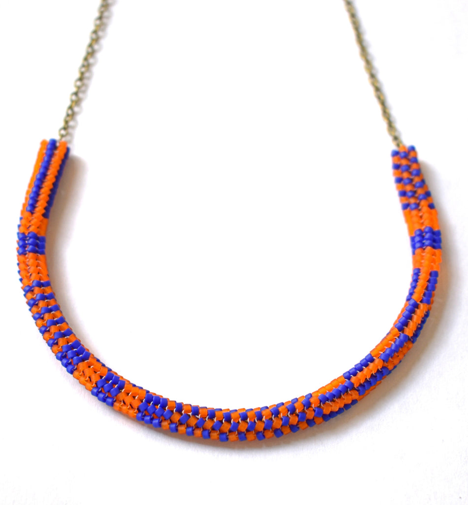 Patterned chain necklace - orange and blue