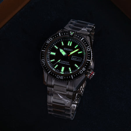 2012 Seiko Automatic Diver SKZ325 on Bracelet