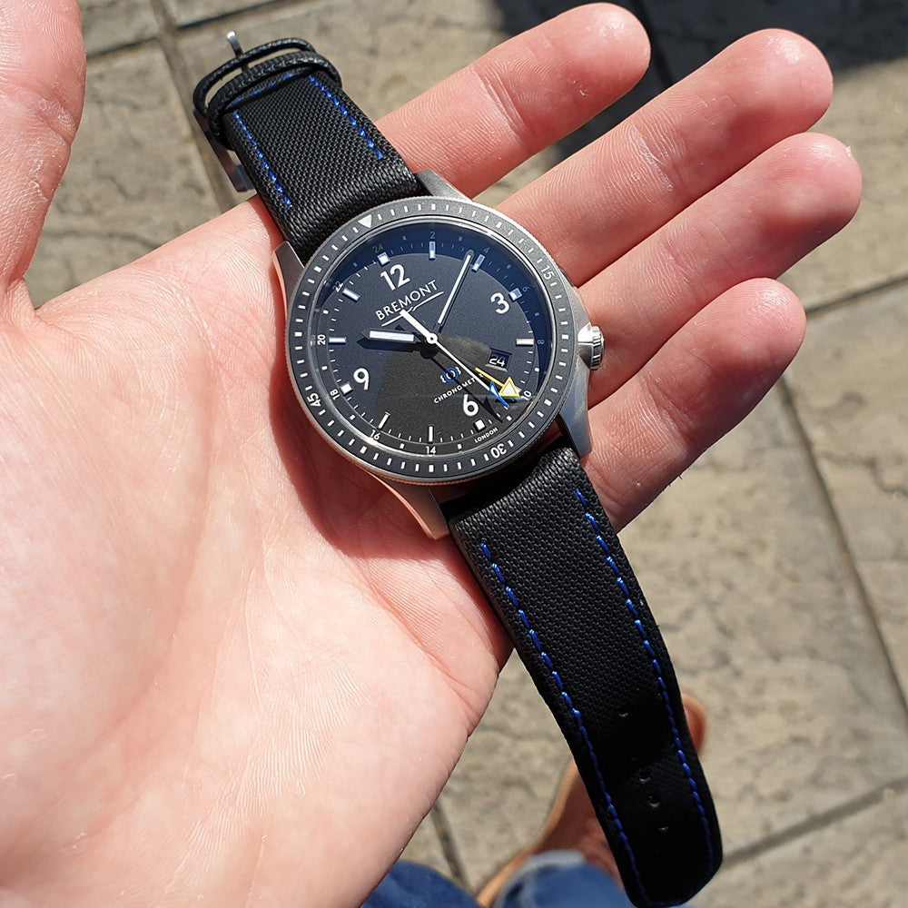 Bremont Boeing Model 1 Ti-GMT
