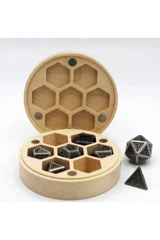 wooden-dice-box-round-maple-other-thegamersden.com