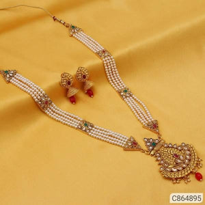 Pearl and Kundan Sets - Indien Boutique