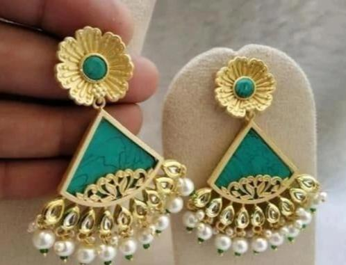 Trendy Earrings - Indien Boutique