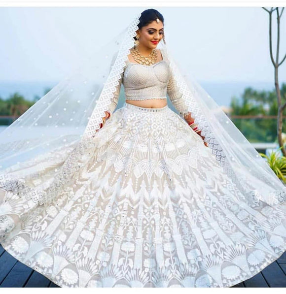 White Chinkari Lehenga - Indien Boutique