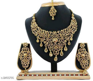 Embellished stonework Set - Indien Boutique