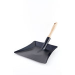 """Tradition"" Black Sheet Metal Dustpan"