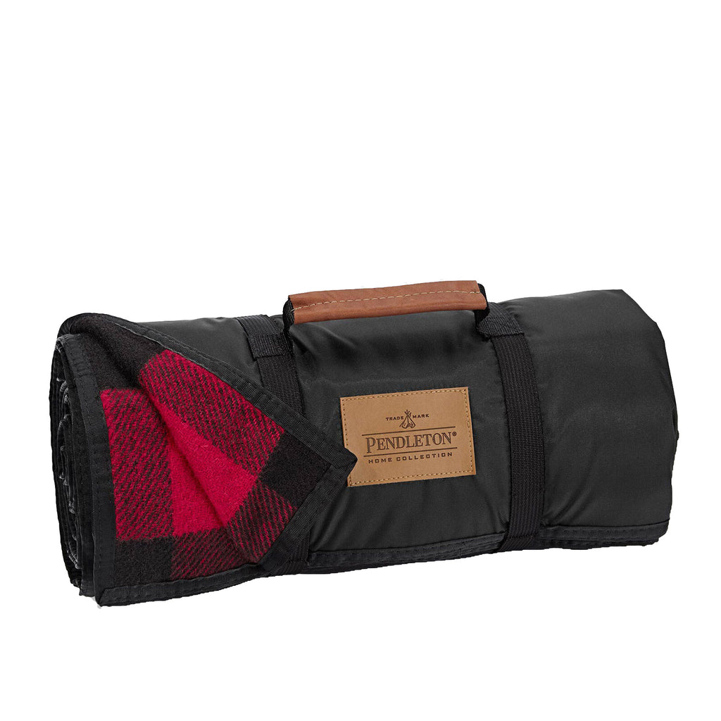 Nylon Backed Roll-Up Blanket in Rob Roy