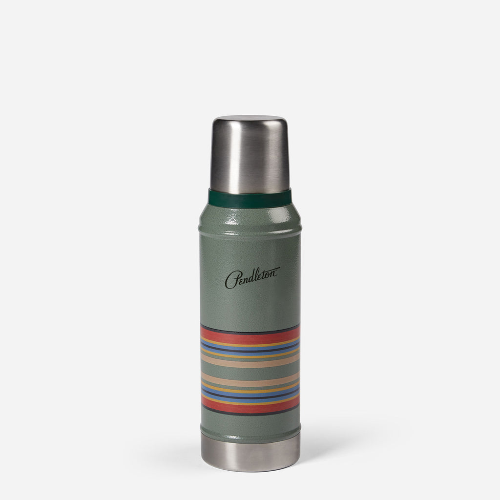 Trigger-Action Travel Mug in Hammertone Green