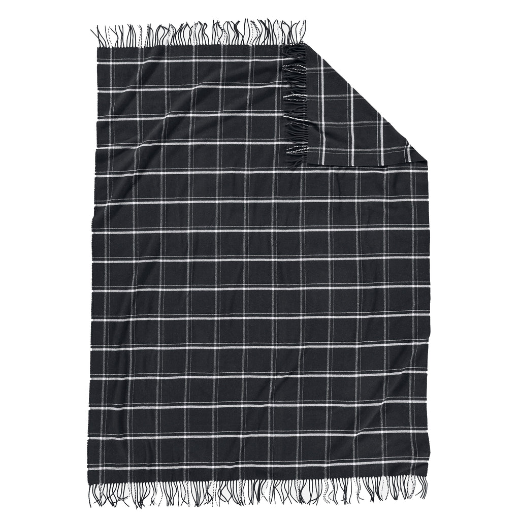 5th Avenue Throw in Black Windowpane
