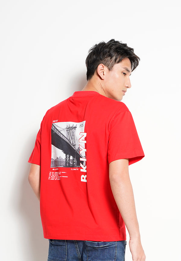 Men Oversized Short-Sleeve Graphic Tee - Red