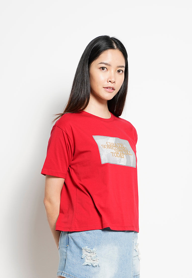 Women Short Sleeve Fashion Tee - Red -  H0W800