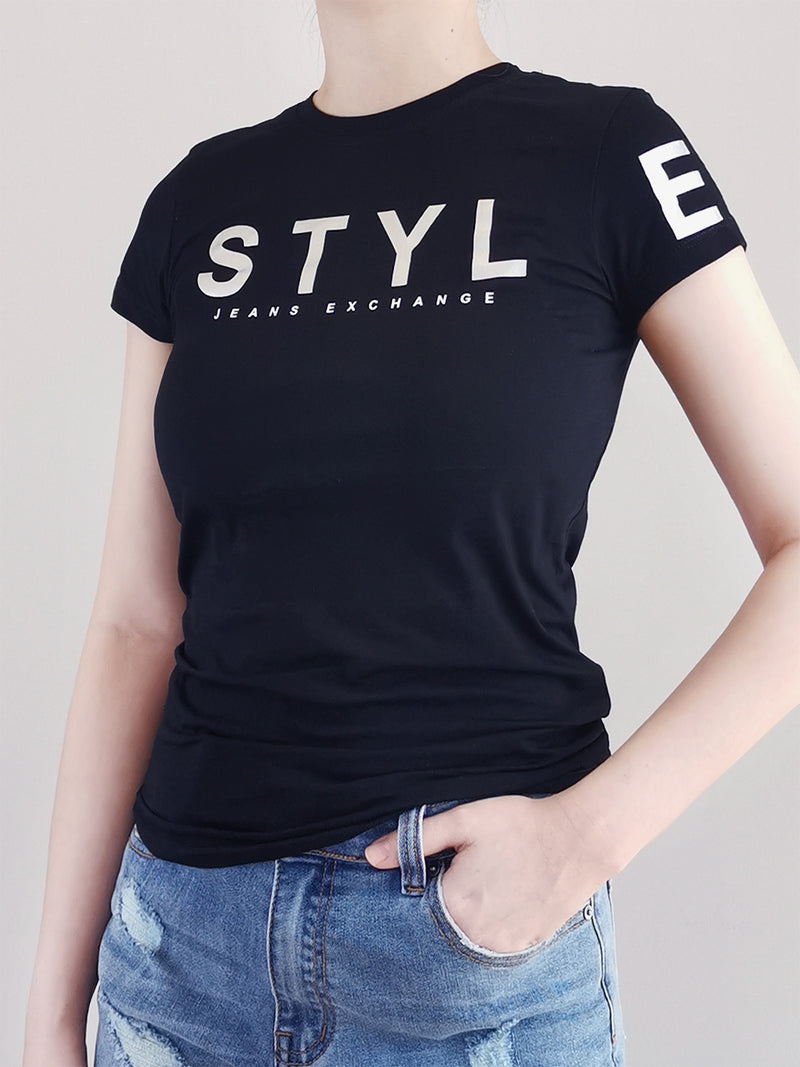 Women Graphic Tee- Black - M0W480