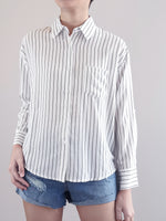 Load image into Gallery viewer, Oversize Collared Shirt- White