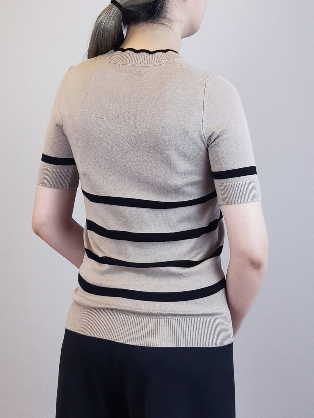 Stripe Pattern Knit Top- Khaki