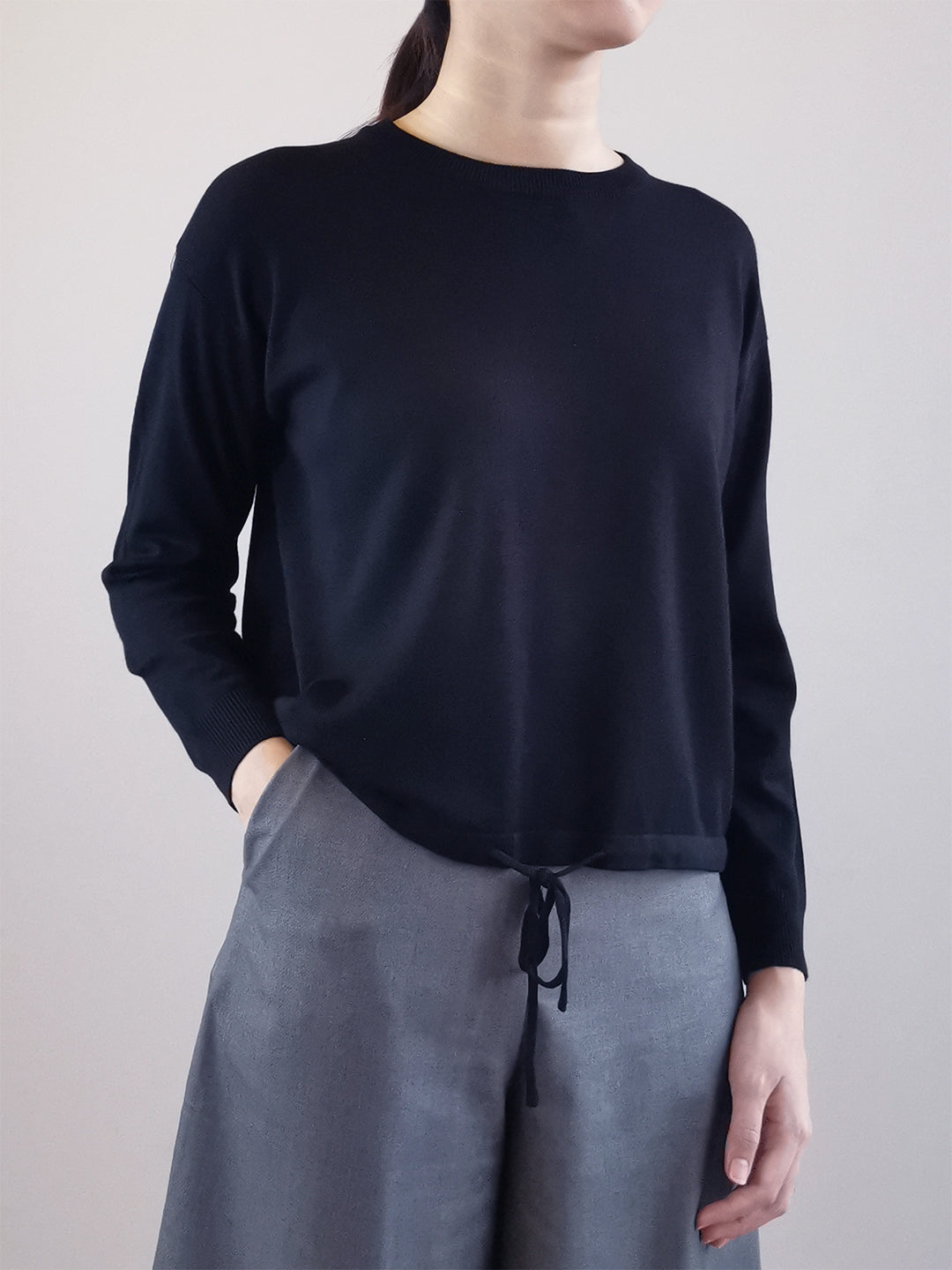 Long Sleeve Knit Top- Black