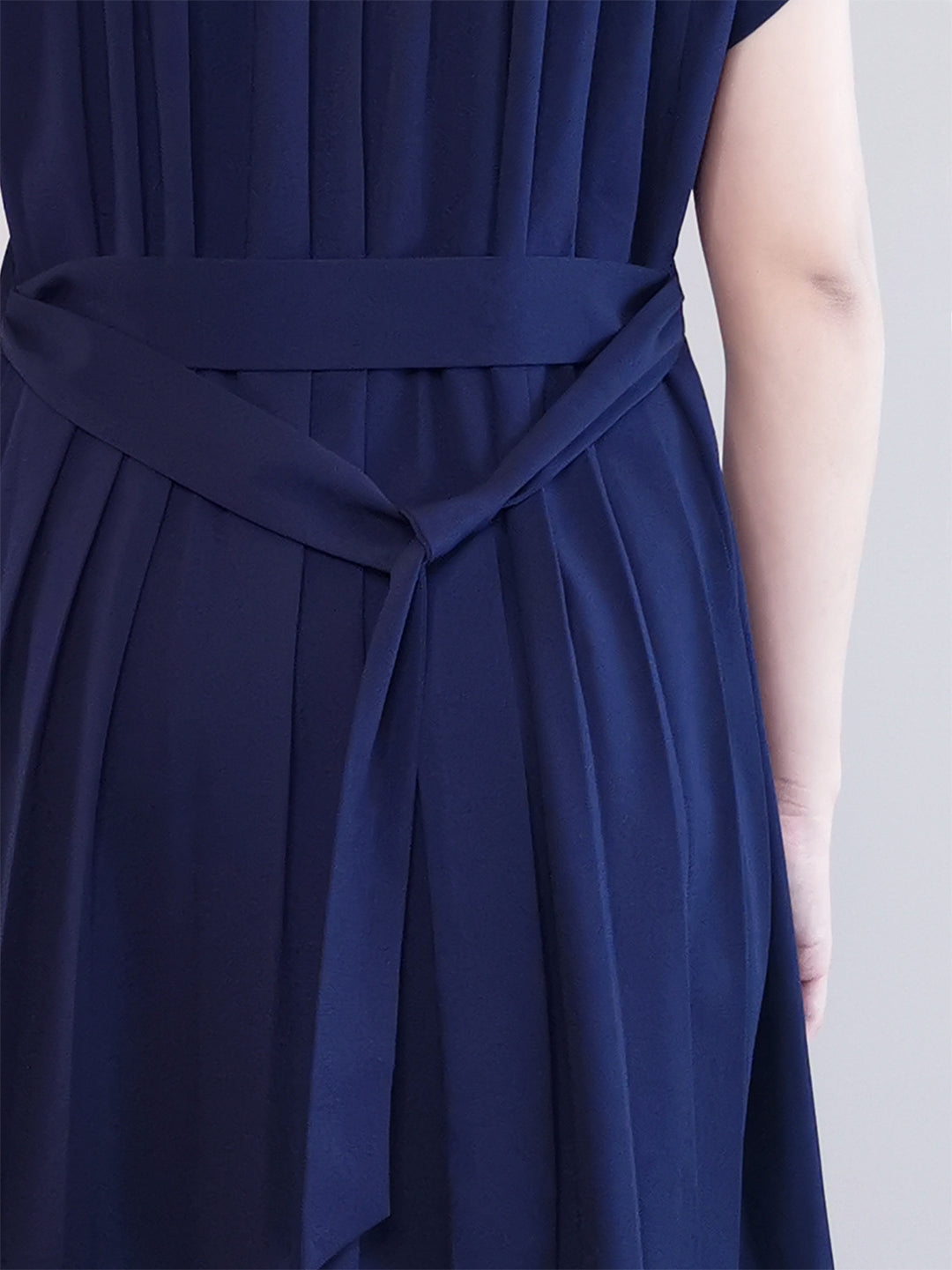 Pleated Detail Dress -Navy
