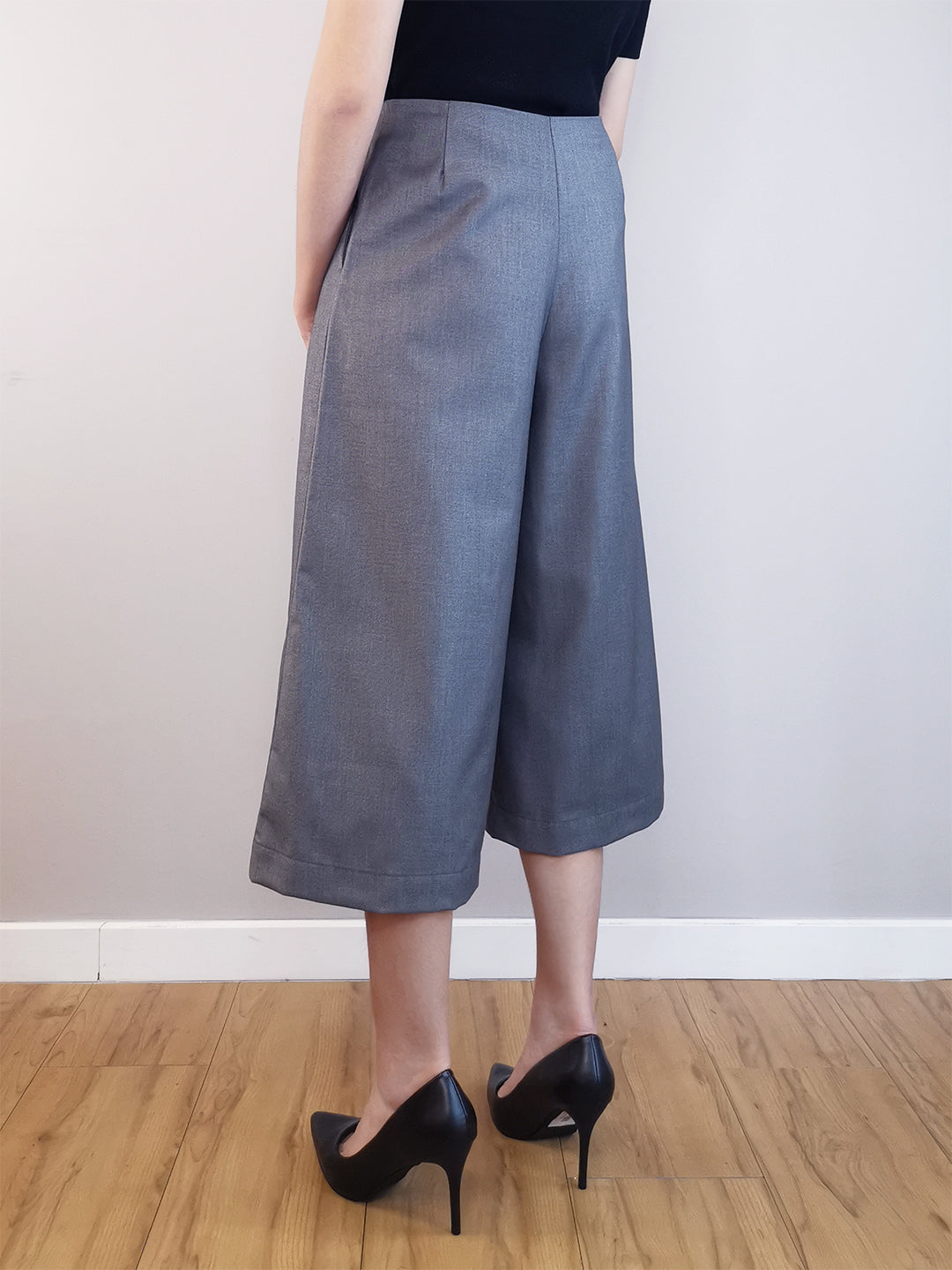 Wide-Leg Trousers-Grey