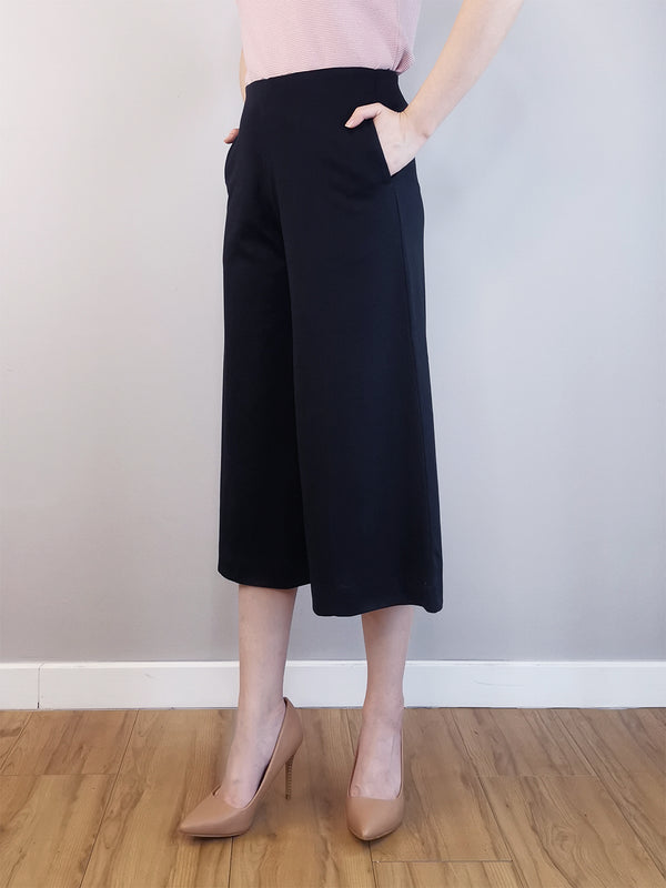 Women Culotte Trousers-Black