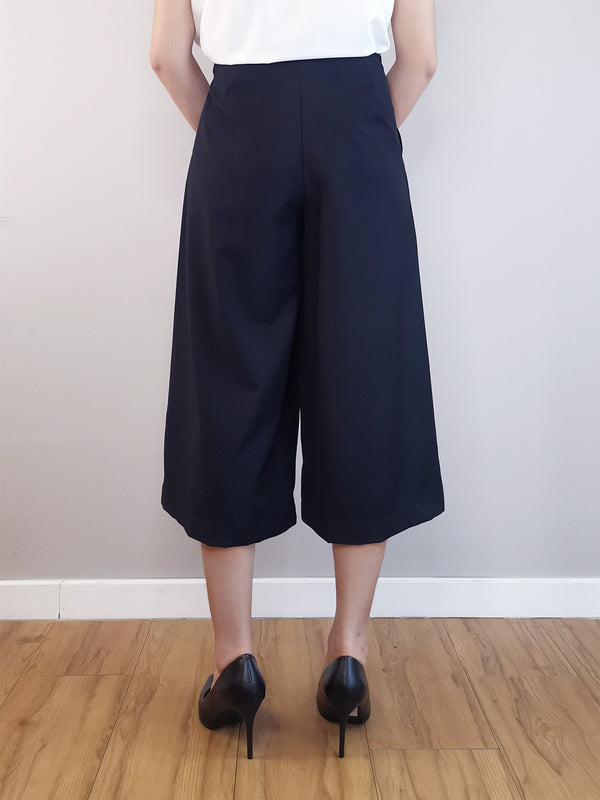 Women Wide-Leg Trousers-Black
