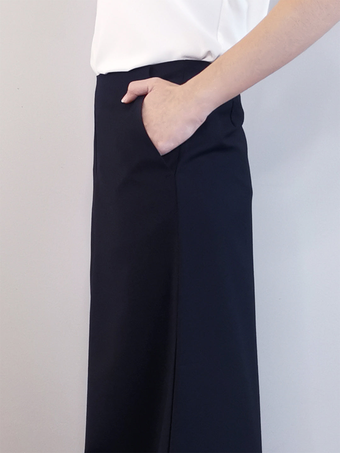 Wide-Leg Trousers-Black
