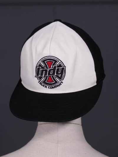 Men White & Black Cap Truck-107 - leftover.pk