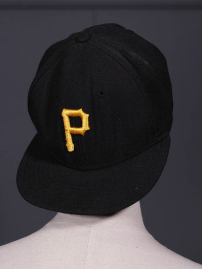 Men Black Cap Golden P-107 - leftover.pk