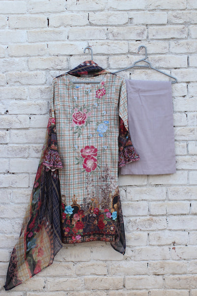 3pc- Ready To Wear DIGITAL PRINTED AND EMBROIDED SHIRT + DUPATTA: PRINTED CHIFFON, TROUSER: PLAIN 1-1998 - leftover.pk