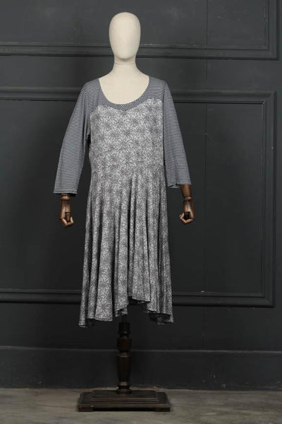 (D-02) Grey Sleep Wear Knit Fabric (126-Sh-13) - leftover.pk
