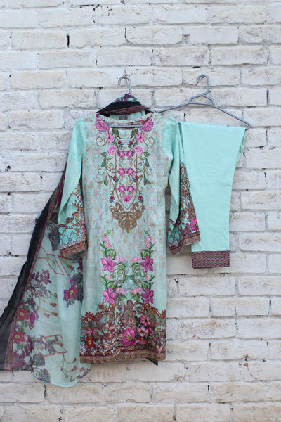 3pc- Ready To Wear DIGITAL PRINTED AND EMBROIDED SHIRT + DUPATTA: PRINTED CHIFFON, TROUSER: PLAIN 1-1997 - leftover.pk