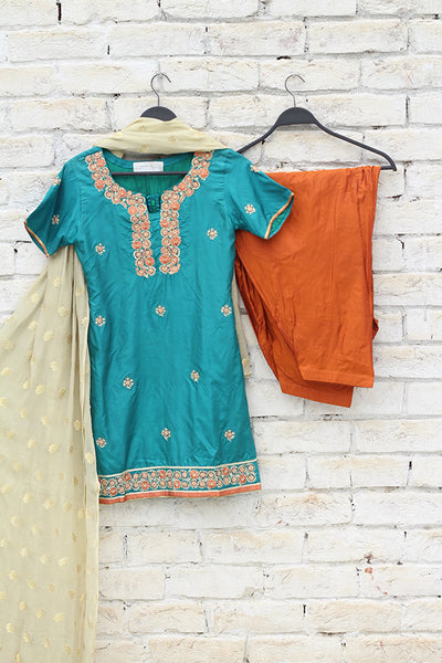 Teal Blue Silk Hand Embroidered Shirt + Chiffon Dupatta + Pure Chinese Grip Shalwar - leftover.pk