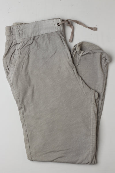 Pull n Bear Men Trouser - leftover.pk