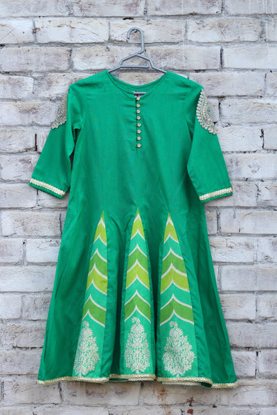 Green Cotton Pannel Frock - 2107 - leftover.pk