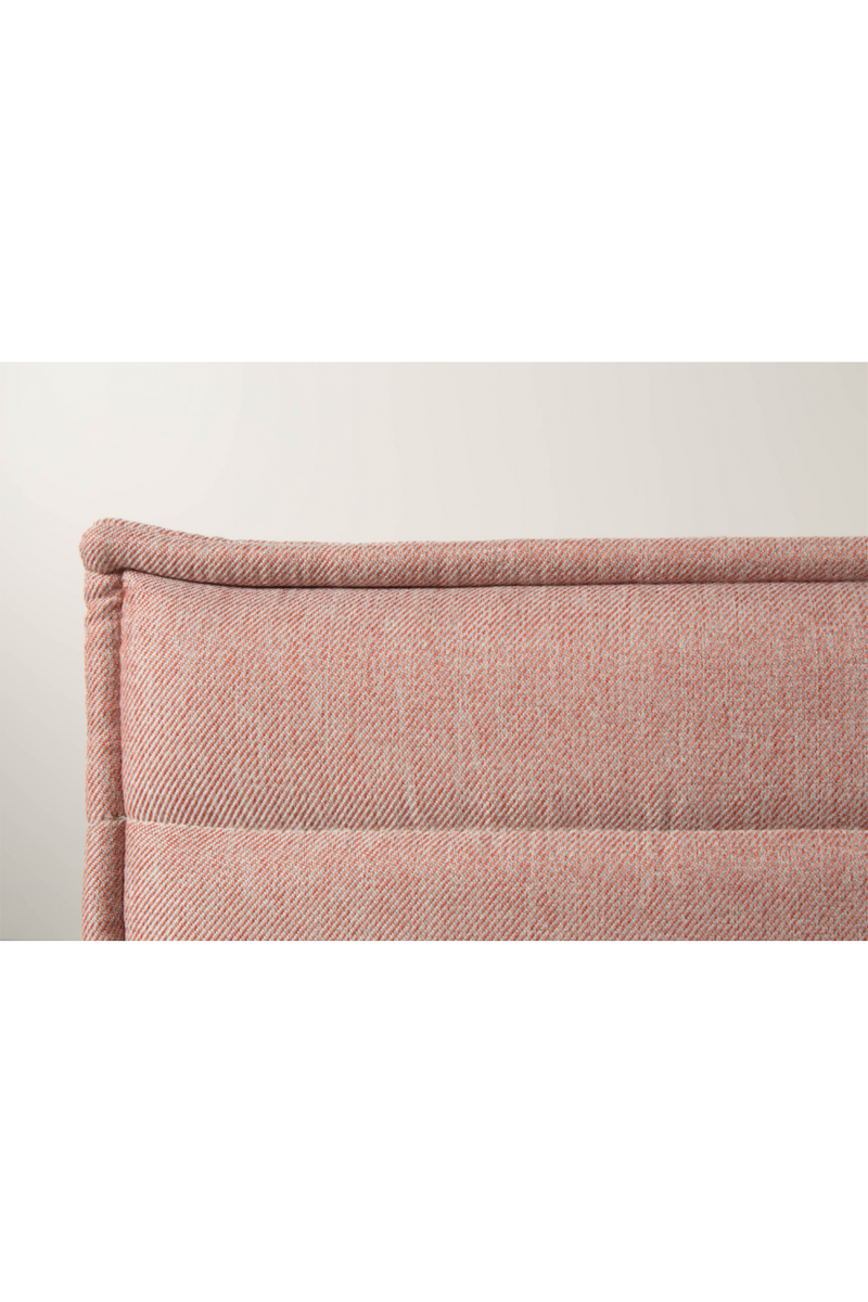 Salmon Upholstered Lounge Chair | Zuiver Jaey | DutchFurniture.com