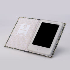 PERSONALISED TAN BOOK COVER CASE for the Kobo Touch: Holder