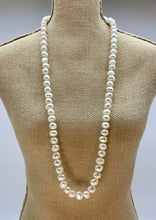 Load image into Gallery viewer, GRACE NECKLACE - 039 - WHITE
