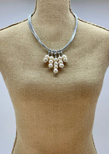 Load image into Gallery viewer, SALEM NECKLACE - 081 - SILVER