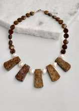 Load image into Gallery viewer, ZEN NECKLACE - 055 - 1 ONLY