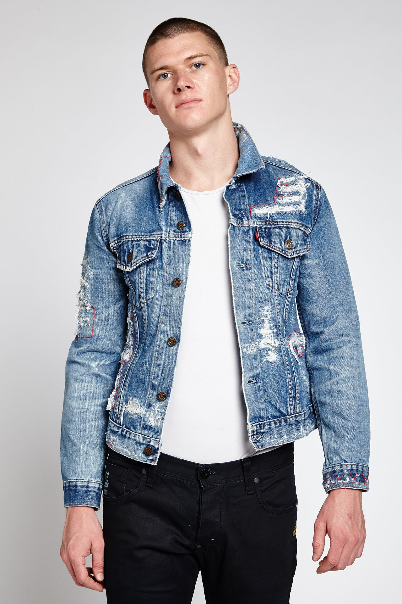 STRAPPO (S) DENIM JACKET IN LIGHT BLUE