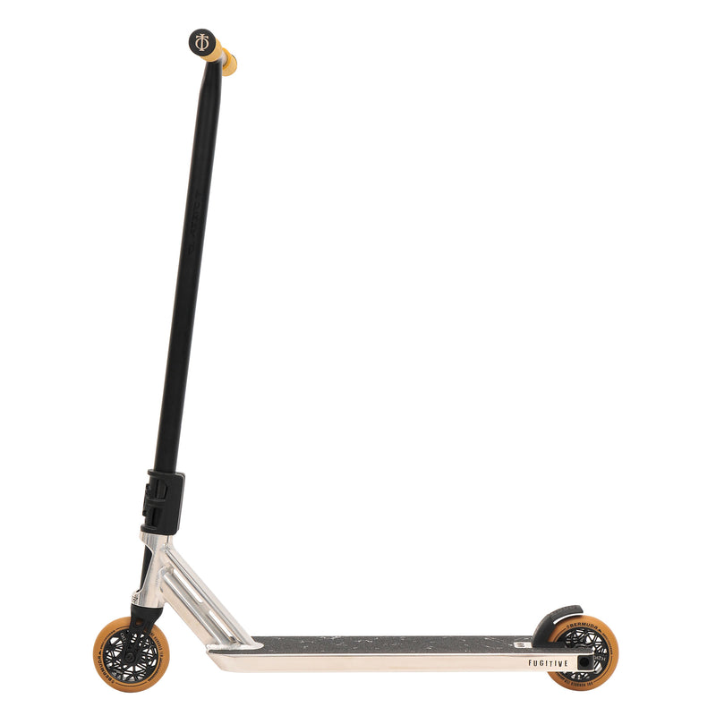 Triad Fugitive Scooter - Neo Silver/Satin Black/Gum