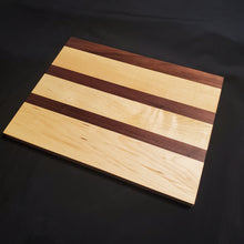 Load image into Gallery viewer, Maple & Walnut Cutting Board