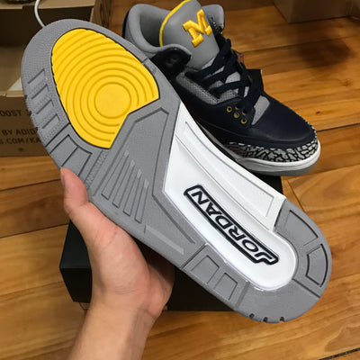 "Tênis Air Jordan 3 ""Michigan"""