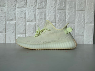 "Tênis Adidas Yeezy 350 ""Butter Yellow"""