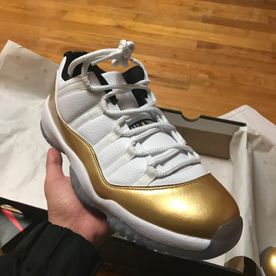 "Tênis Air Jordan 11 Low ""Closing Ceremony"""