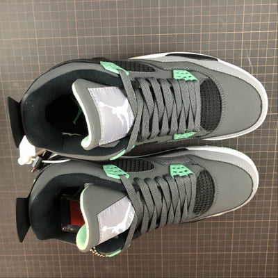 "Tênis Air Jordan 4 ""Green Glow"""