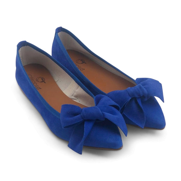 Flat shoes in camoscio bluette con fiocco