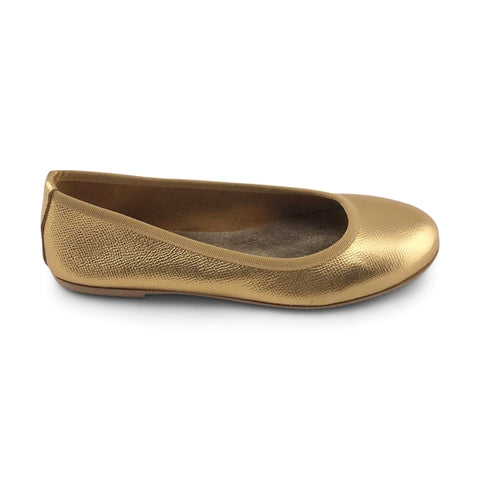 Gold leather flat shoes